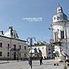 Центральная площадь, слева - городской совет