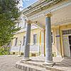 Дворянський палац родини Плотені з парком (XIX ст.), с. Великі Лази
